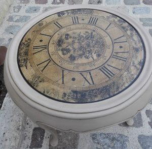 table-horloge-builder-relookée-custom-deco-vintage