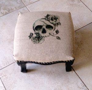 repose-pieds-bandeau-relooké-vintage-custom-deco